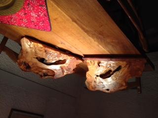 Sculture in legno artigianali.
