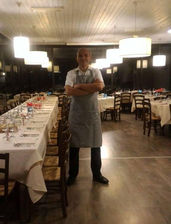 Cameriere italiano esperto cerca extra