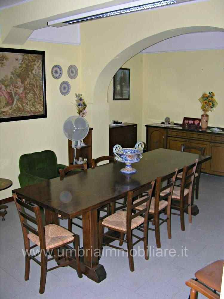 Rif. 343 appartamento a Pantalla di Todi