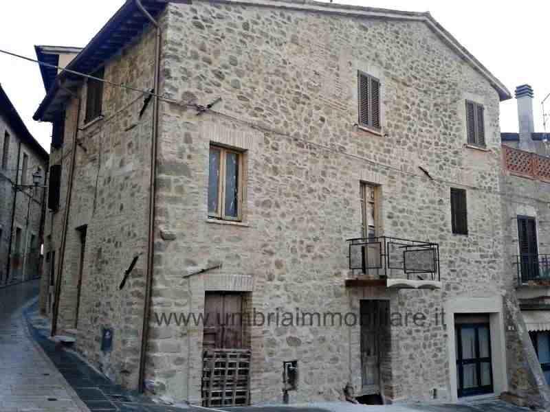 Rif. 346 parte borgo vic Gualdo Cattaneo