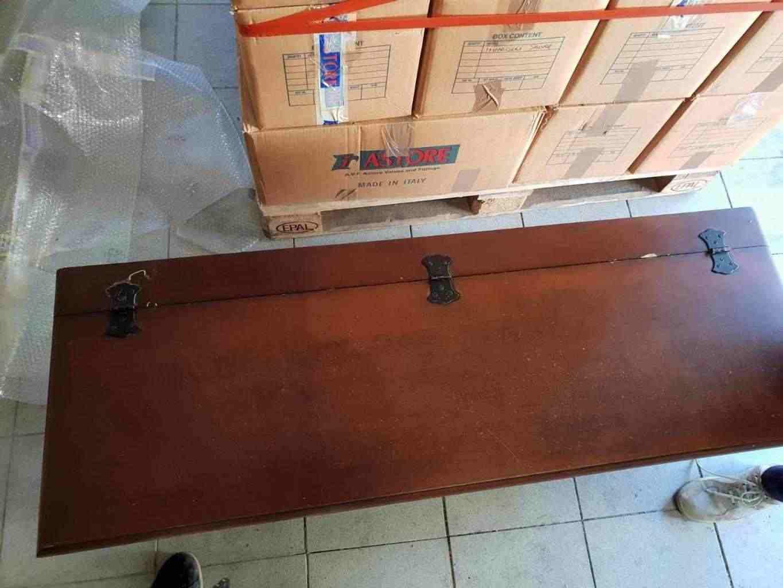Mobile usato - cassapanca in legno usata