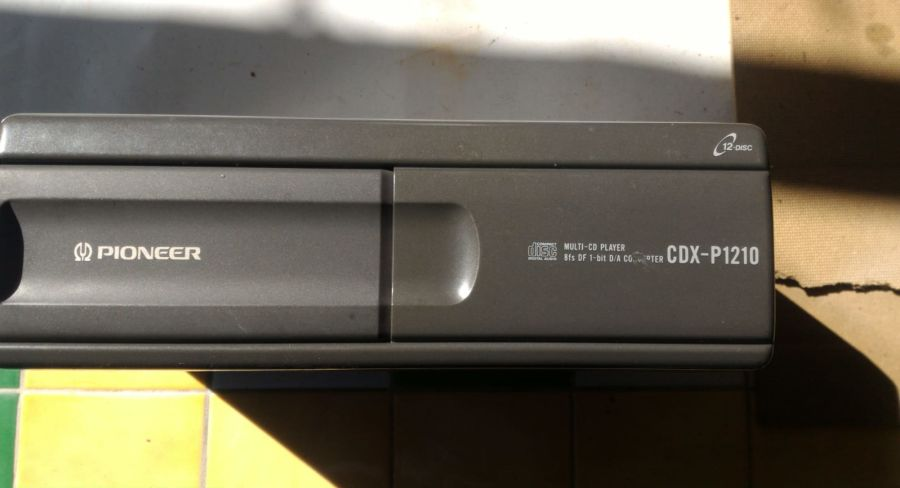 Lettore CD Pioneer CDX P-1210