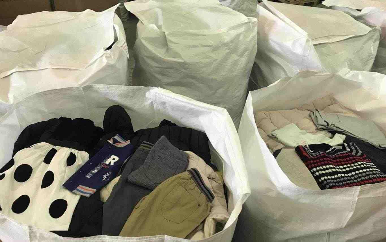 Stock Abbigliamento,Accesori Uomo Donna Bambino
