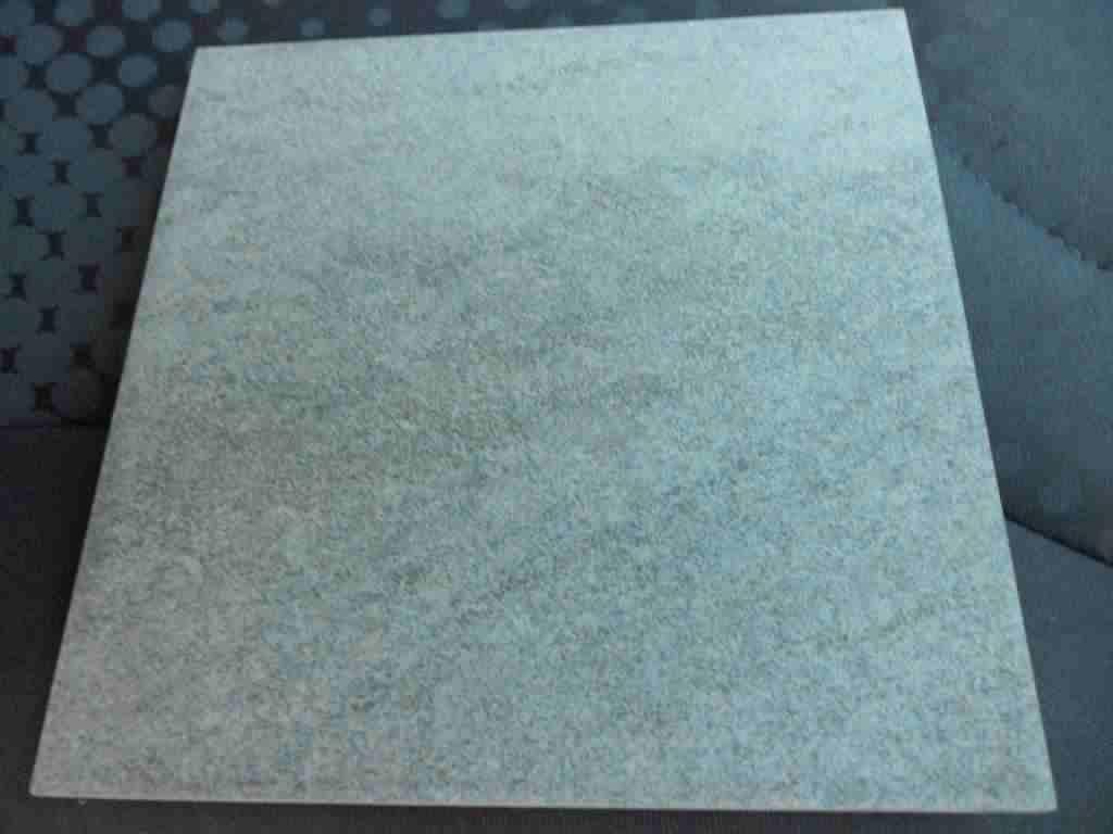 Piastrelle misura 20x20 colore grigio 28,08 MQ