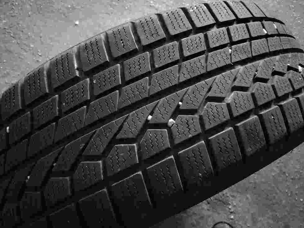 Gomme 215 60 17 Toyo