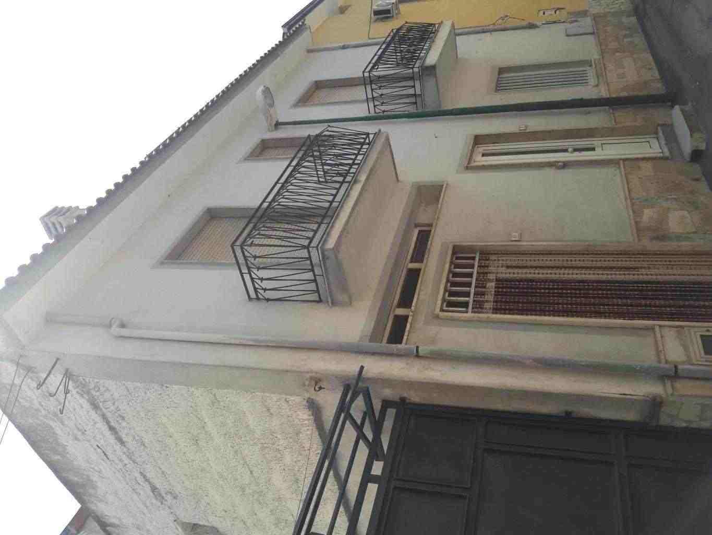 casa indipendente su due piani