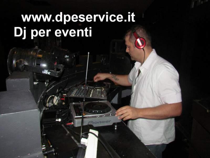 DJ per Feste Organizziamo il tua festa