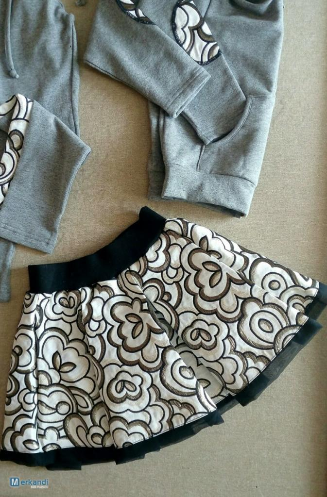Stock Abbigliamento Bambina
