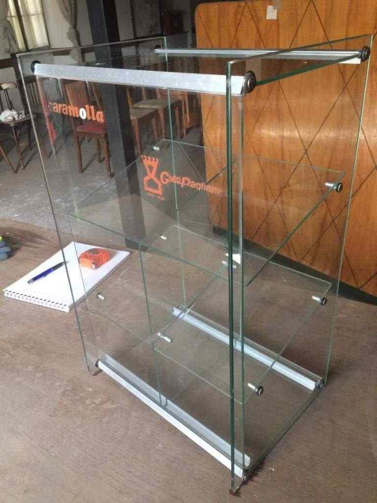 Vetrina Espositiva in vetro