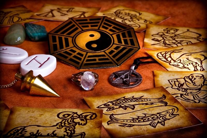 Esperta ritualista offre consulenza seria e senza impegno