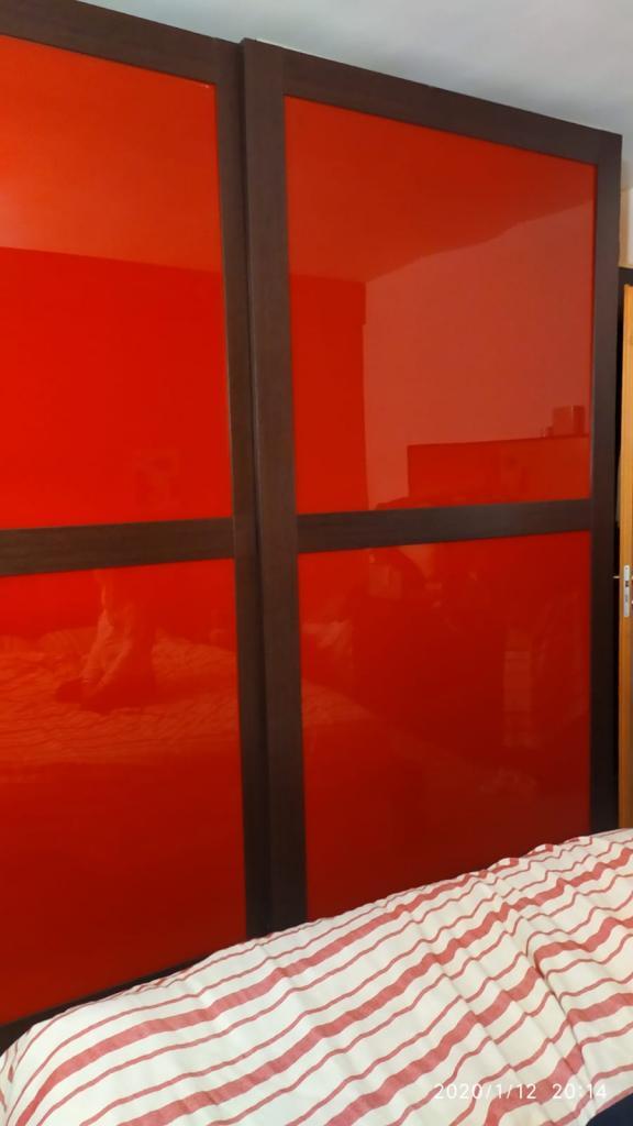 Camera da letto completa di comodini armadio e struttura letto