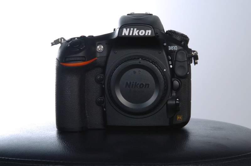 Nikon D810 camera   (solo corpo)