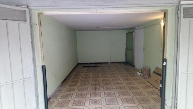 Garage in Palazzina recintata