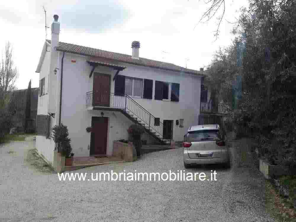 Rif. 305 appartamento indipendente a Casa Maggi di Castel Ritaldi