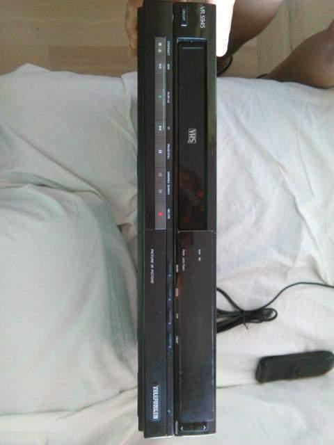 Videoregistratore TELEFUNKEN 5945
