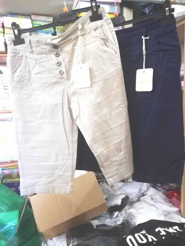 pantaloni donna a 2,50