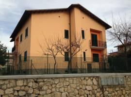 Affittasi appartamento arredato in pieno centro San Demetrio Nei Vestini
