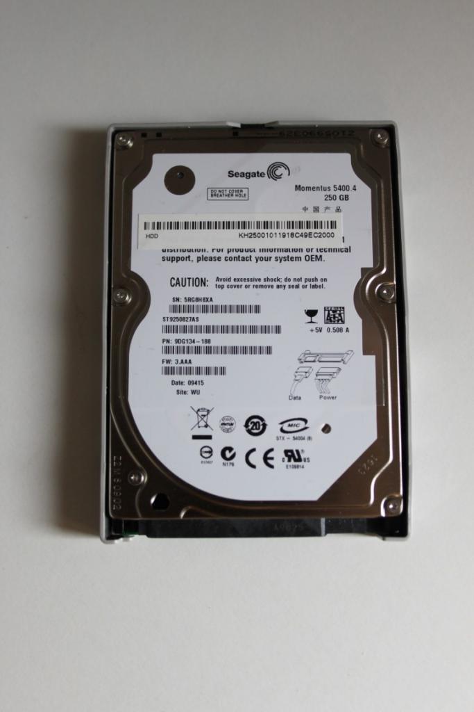 HDD per ricambi Seagate Momentus 5400.3 250 gb ST 9250827 2.5 hd SATA