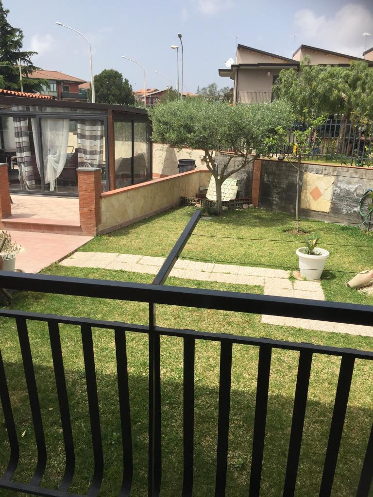 Appartavilla San Pietro Clarenza con 600 mq di giardino