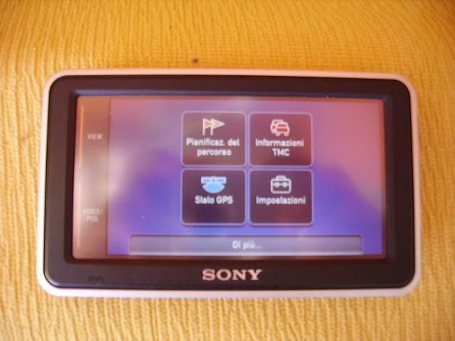 Navigatore satellitare Sony NV-U73T
