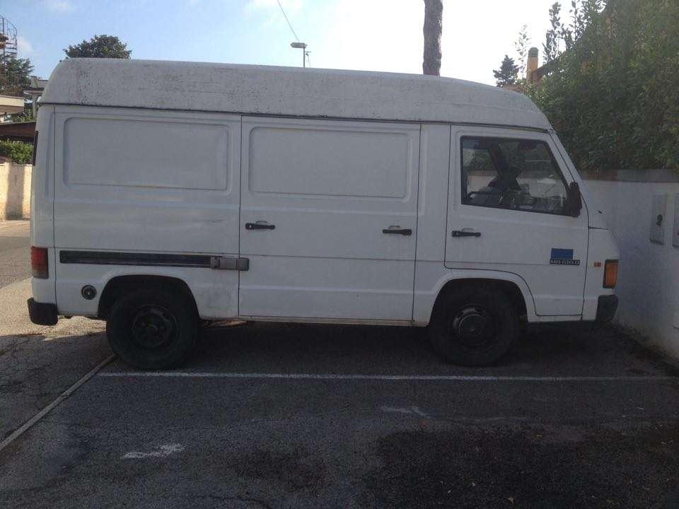 furgone mercedes mb 100