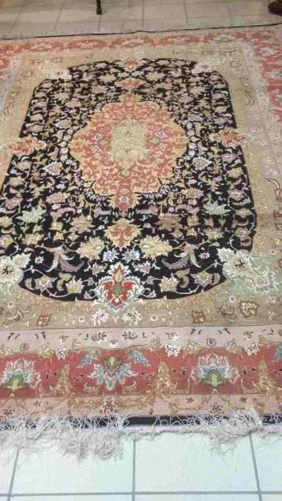 tappeti persiani,originali fatti a mano con certificato di garanzia,vendo sia singolarmente che al i