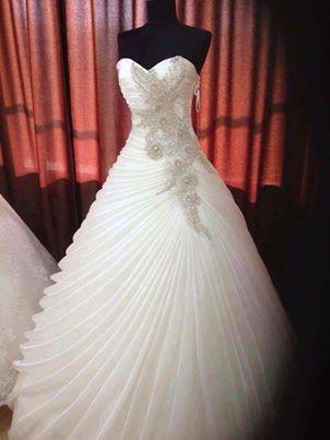 Abiti da sposa/ cerimonia