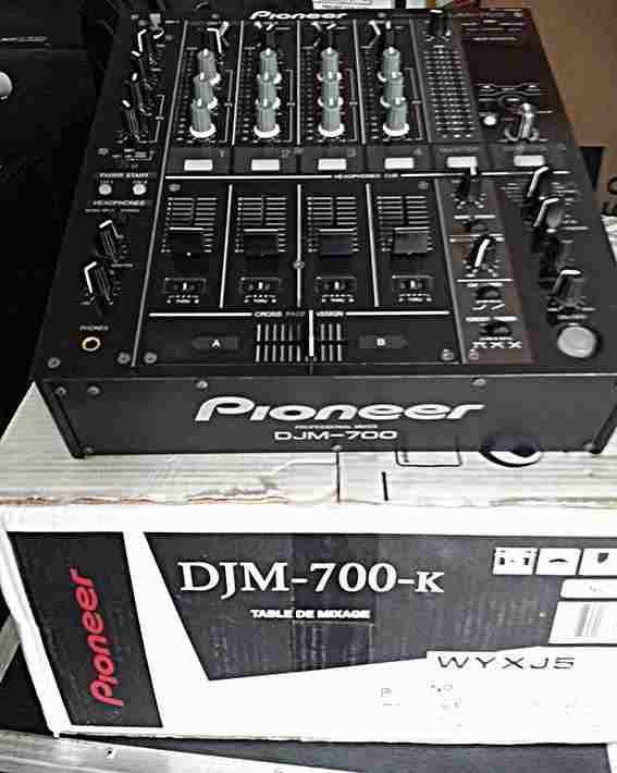 MIXER DJ PIONEER DJM 700K