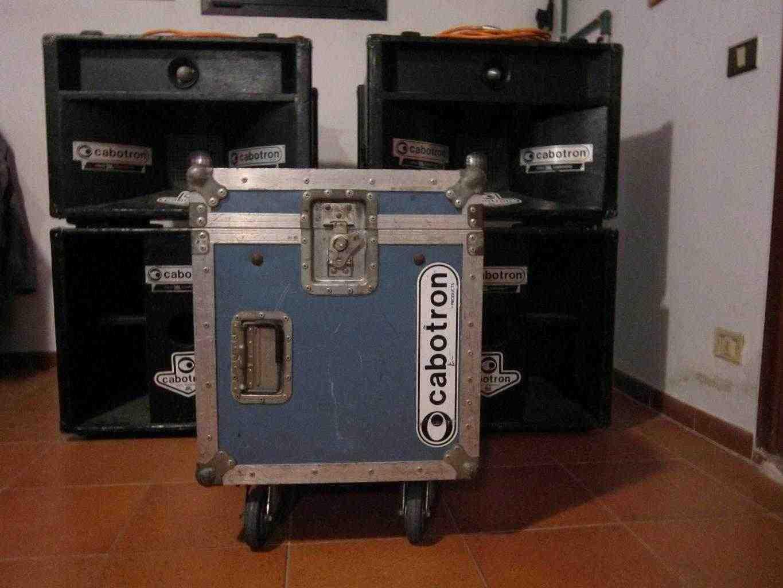 Vendo impianto audio cabotron 1kw 800 euro