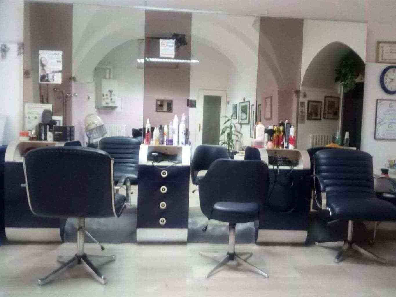 Arredamento attività parrucchiera