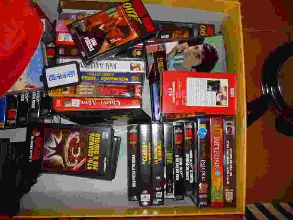 VHS ORIGINALI vario genere