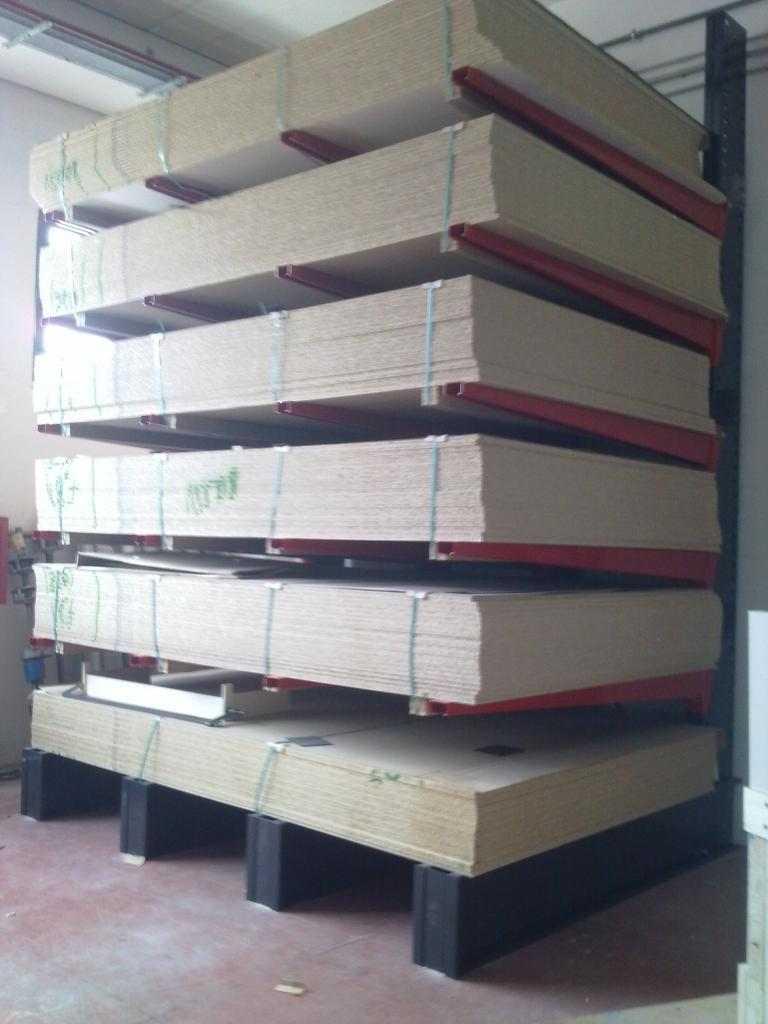 Scaffalature industriali portapallet cantilever soppalchi