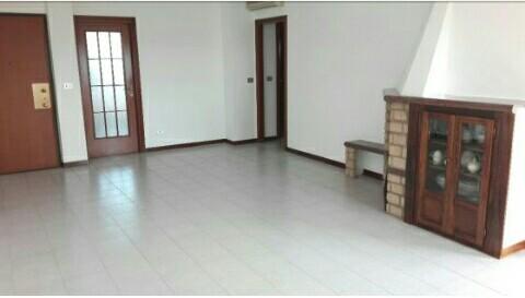 Luminoso appartamento + box