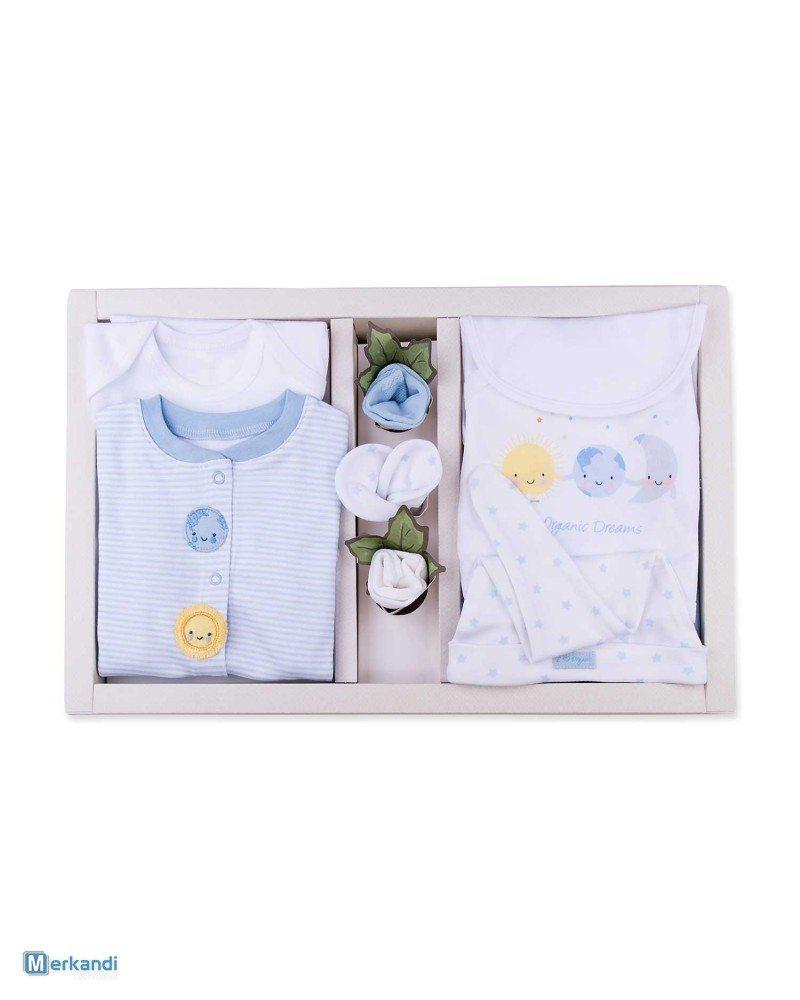 Stock di vestiti per neonati