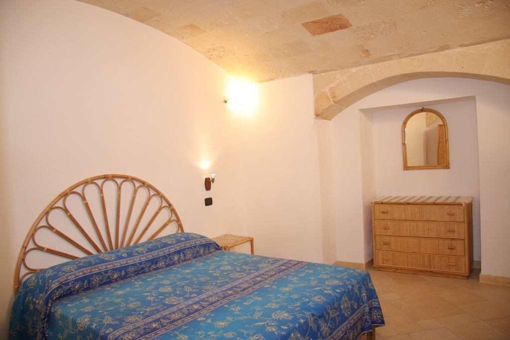 PUGLIA, CAMPOMARINO (TA): Appartamentino in Antica Villa a 50 mt. dal Mare