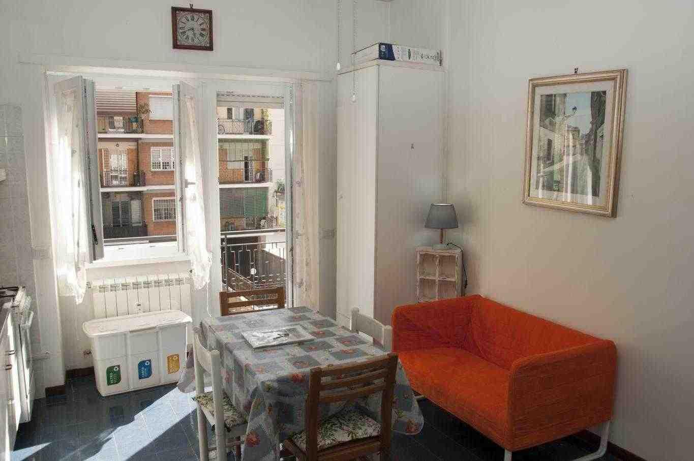Vacanze Romane appartamento adiacenze Stazione di Trastevere