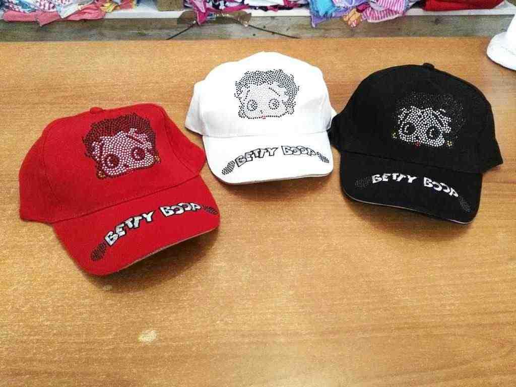 cappelli bimbi firmati