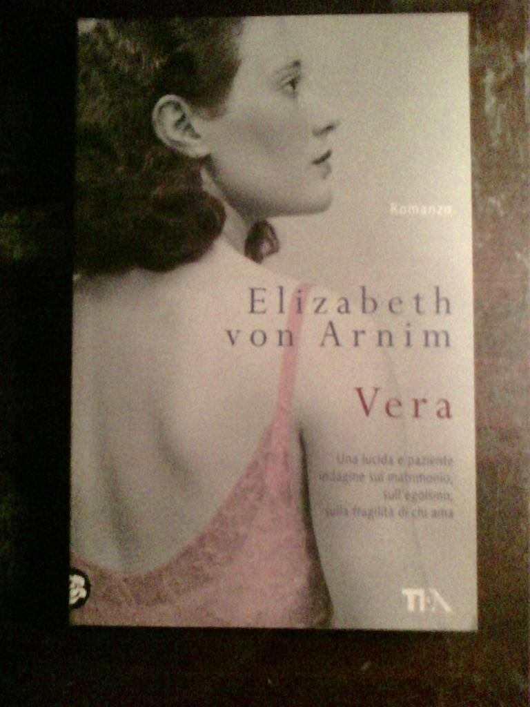 Elizabeth von Arnim - Vera
