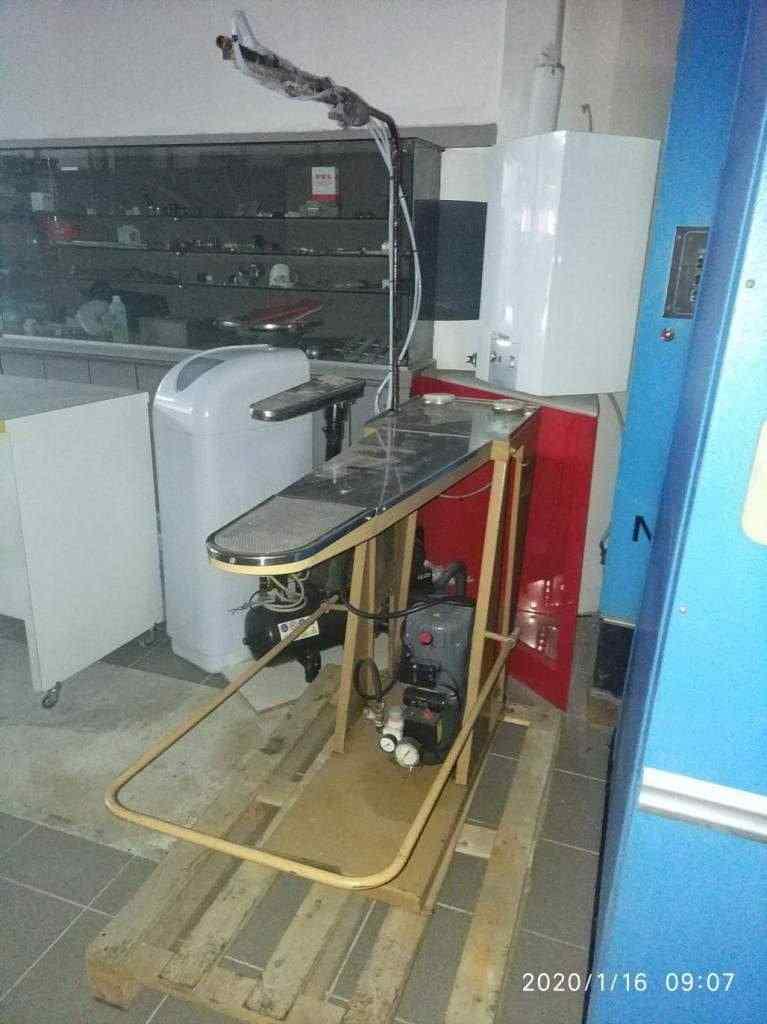 smacchiatrice con compressore in garanzia revisionata perfettamente funzionante