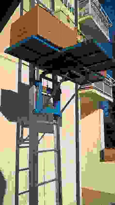 Noleggio elevatore - scala traslochi