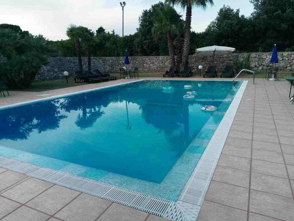 Affitto piscina feste private feste in piscina