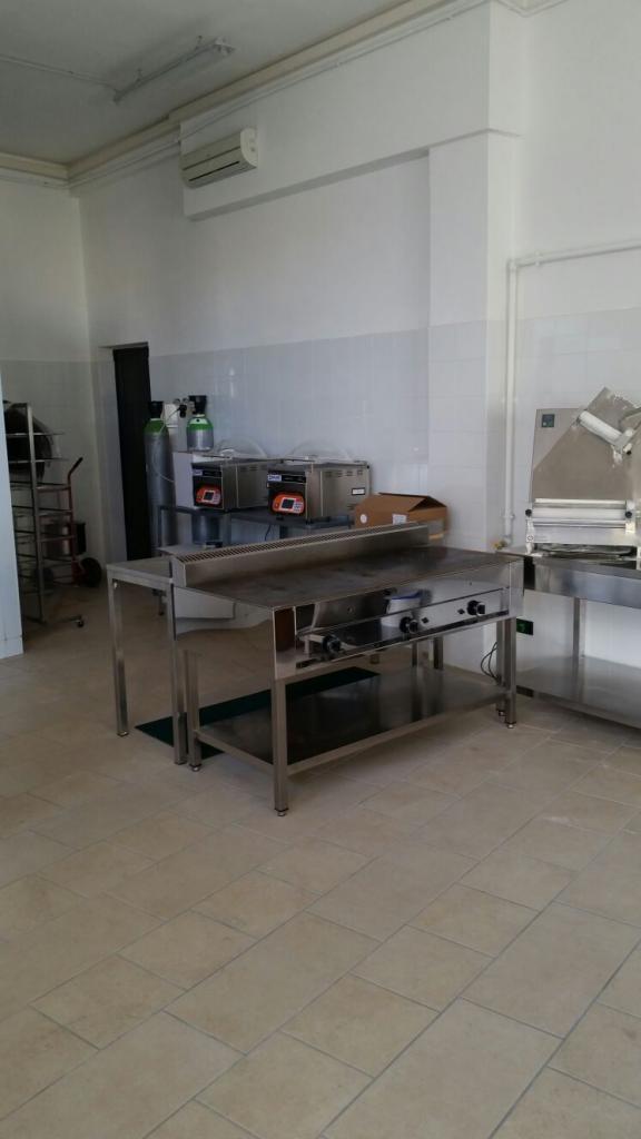 Vendo macchinari professionali in blocco 3881169800