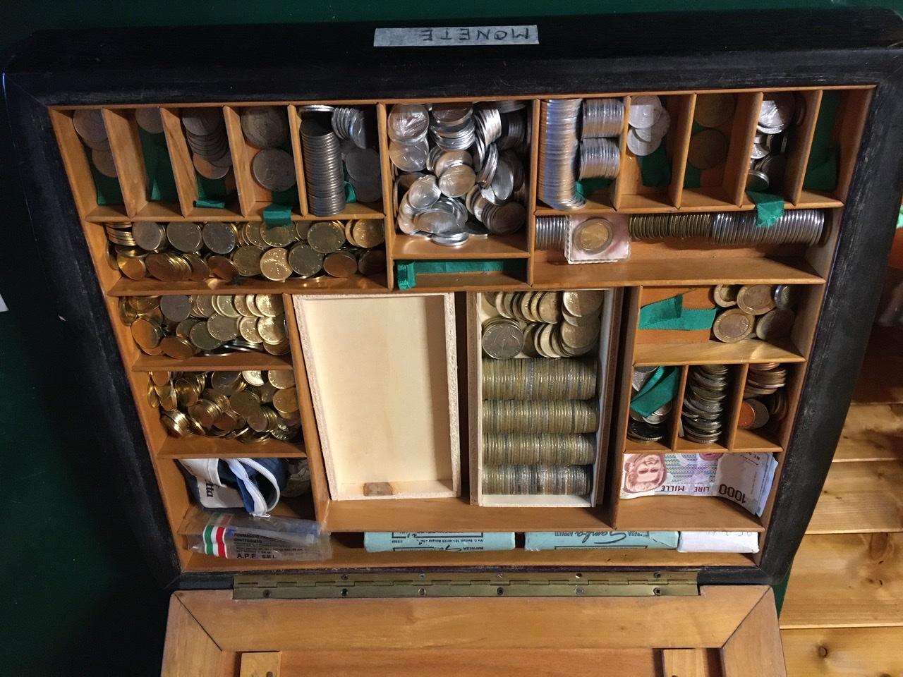 Monete argento, monete italiane e straniere, gettoni telefonici ecc.