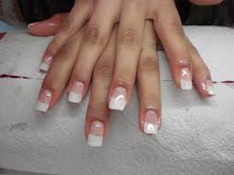 Ricostruzione Unghie GEL - decorazione unghie
