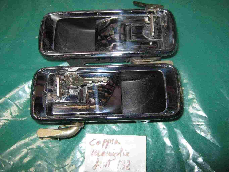 Maniglie e chiusura cofano posteriore fiat 132 D'epoca