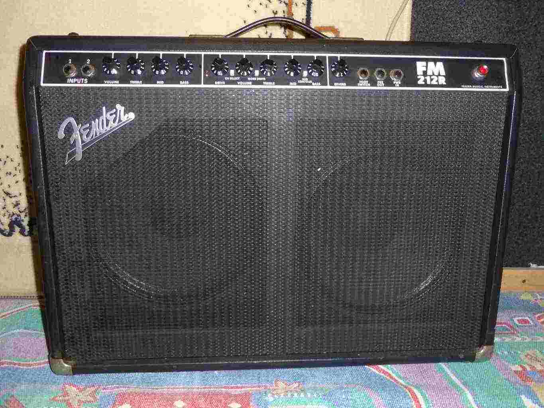 amplificatore Fender FM212R