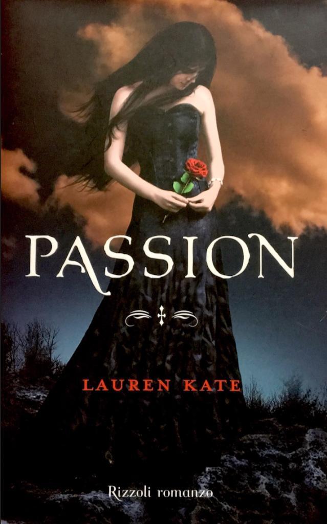 """Libro """"Passion"""" di Lauren Kate"""