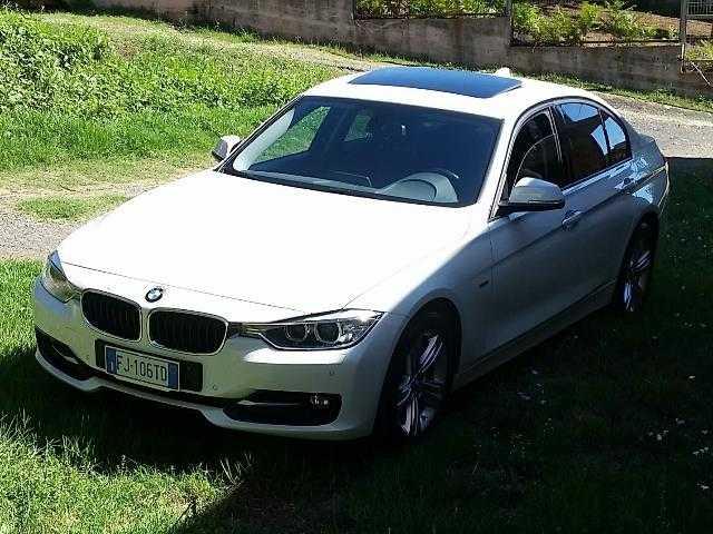 BMW 320 Serie 3 (F30) Sport tettuccio apribile