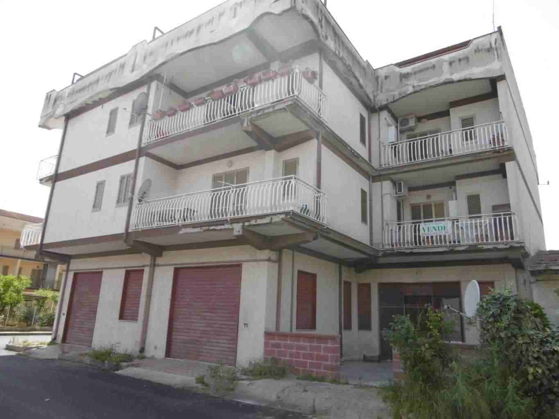 Appartamento quadrilocale a Villapiana Lido termoautonomo .