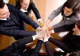 stiamo selezionando collaboratori per gestire reti commerciali.
